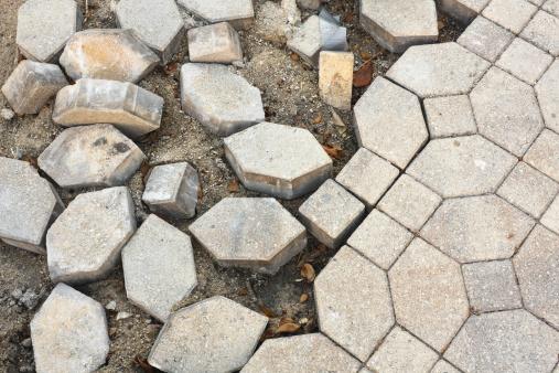 Paving Stone「Broken Cobblestone Pavement」:スマホ壁紙(15)