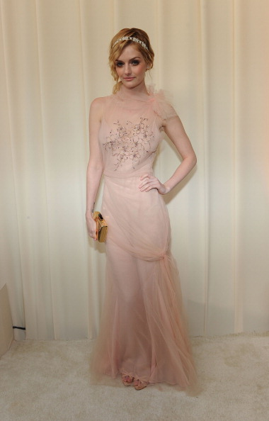 Gold Purse「20th Annual Elton John AIDS Foundation Academy Awards Viewing Party - Red Carpet」:写真・画像(4)[壁紙.com]