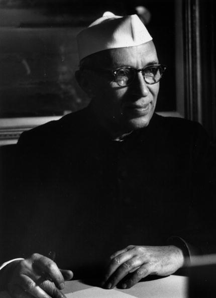 Writing「Pandit Nehru」:写真・画像(11)[壁紙.com]