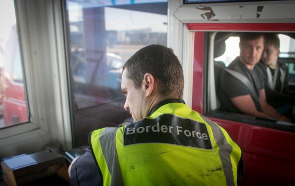 UK「Border Force At Work At UK Ports」:写真・画像(8)[壁紙.com]