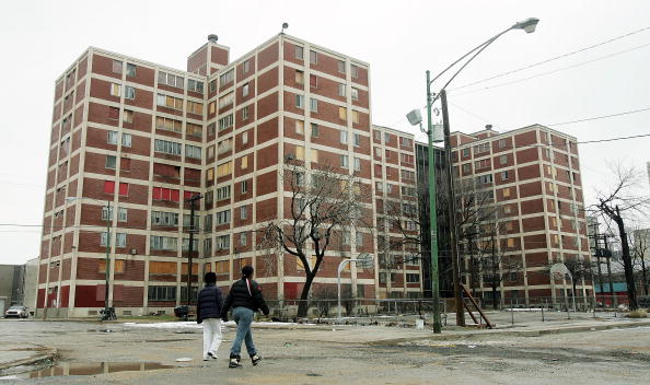 Residential District「End Near For Infamous Chicago Housing Project Cabrini-Green」:写真・画像(14)[壁紙.com]