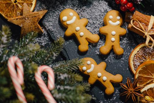 ミニチュア「ドイツのクリスマス装飾や背景」:スマホ壁紙(9)