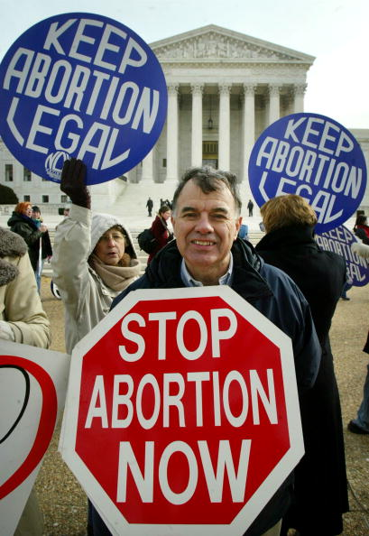 Legal System「Supreme Court Considers Punishing Anti-Abortionists」:写真・画像(19)[壁紙.com]