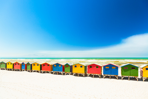 Indian Ocean「Colorful beach houses in Muizenberg, Cape Town, South Africa.」:スマホ壁紙(16)