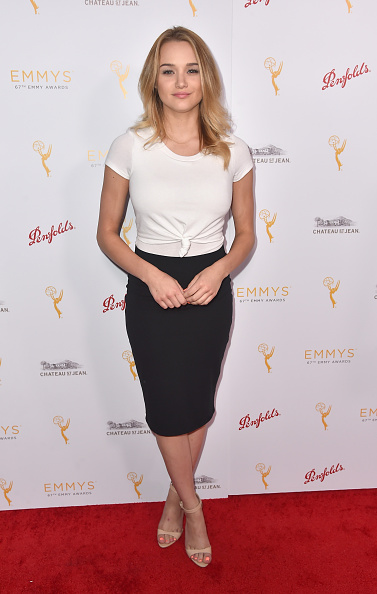 Hunter King「Television Academy Hosts Cocktail Reception To Celebrate Daytime Programming Peer Group」:写真・画像(12)[壁紙.com]