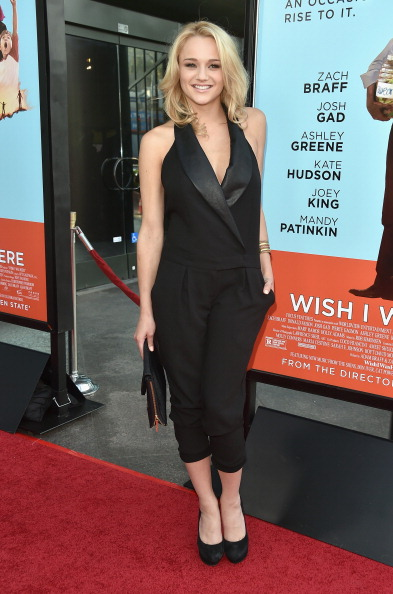 """Hunter King「Premiere Of Focus Features' """"Wish I Was Here"""" - Arrivals」:写真・画像(13)[壁紙.com]"""