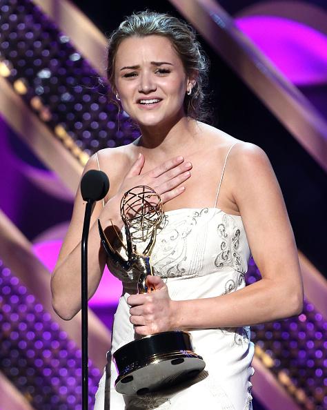 Hunter King「The 42nd Annual Daytime Emmy Awards - Show」:写真・画像(3)[壁紙.com]