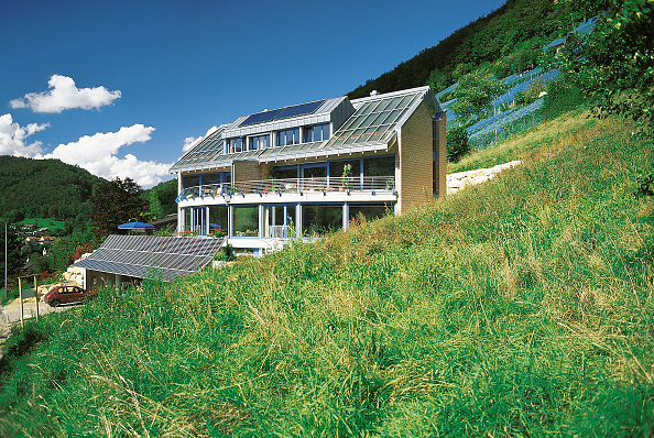 Home Front「Ecology single family house with sustainable solar energy (power and hot water) - village of Oberdorf - canton of Bale - Switzerland」:写真・画像(13)[壁紙.com]