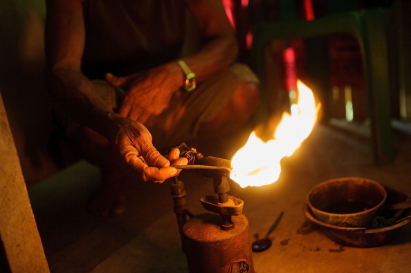 Blow Torch「Small Scale Gold Mining in The Philippines」:写真・画像(7)[壁紙.com]