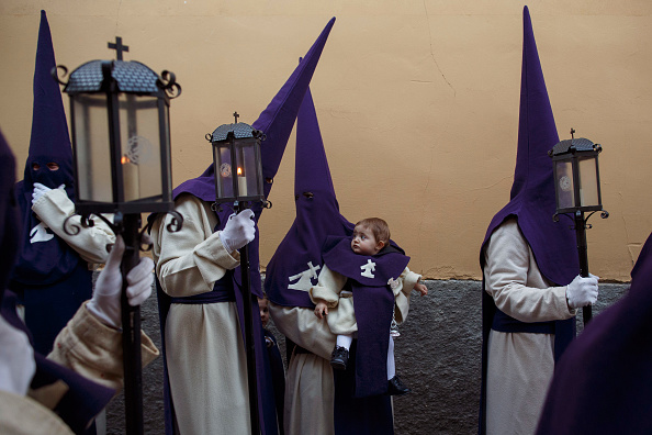 Holy Week「Holy Week Processions Are Held In Zamora」:写真・画像(5)[壁紙.com]