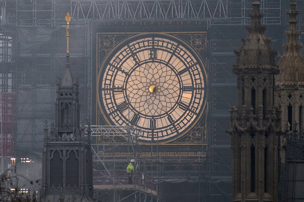 Time「The Clock Face Of Elizabeth Tower Without Its Hour And Minute Hands」:写真・画像(8)[壁紙.com]