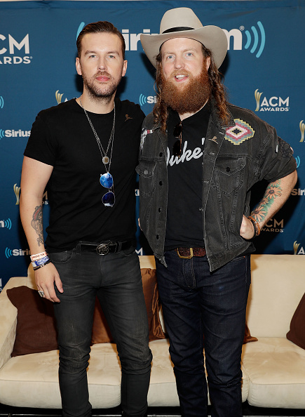 Fully Unbuttoned「SiriusXM's The Highway Channel Broadcasts Backstage Leading Up To The Academy of Country Music Awards」:写真・画像(9)[壁紙.com]