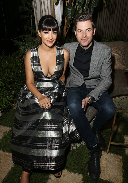 Hannah Simone「Entertainment Weekly Celebrates SAG Award Nominees at Chateau Marmont sponsored by Maybelline New York - Inside」:写真・画像(4)[壁紙.com]