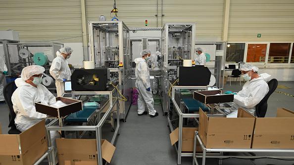 Industry「BMW Begins Manufacturing Protective Face Masks」:写真・画像(14)[壁紙.com]