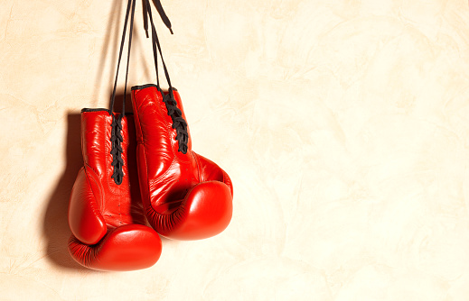Boxing - Sport「Red boxing gloves with copy space」:スマホ壁紙(15)