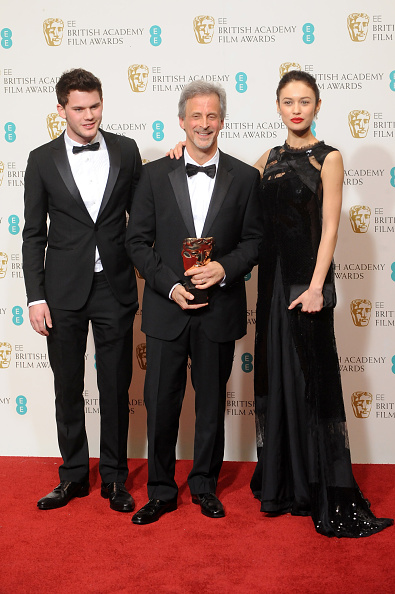 Jeremy Irvine「EE British Academy Film Awards - Press Room」:写真・画像(18)[壁紙.com]