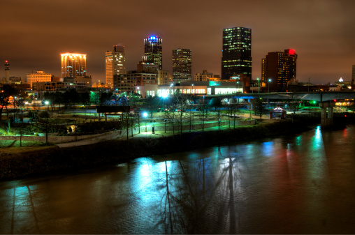 Arkansas River「Downtown Little Rock, Arkansas, at Night」:スマホ壁紙(6)