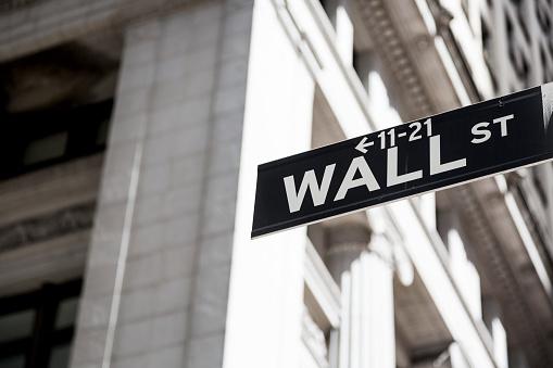 Wall Street - Lower Manhattan「USA, New York, Manhattan, Wall street sign」:スマホ壁紙(3)