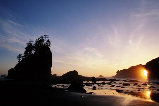 Cannon Beach「USA, Oregon, Cannon Beach at sunset」:スマホ壁紙(9)