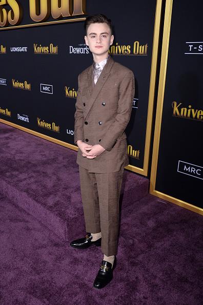 "Loafer「Premiere Of Lionsgate's ""Knives Out"" - Red Carpet」:写真・画像(6)[壁紙.com]"