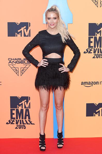 Suede「MTV EMAs 2019 - Red Carpet Arrivals」:写真・画像(19)[壁紙.com]