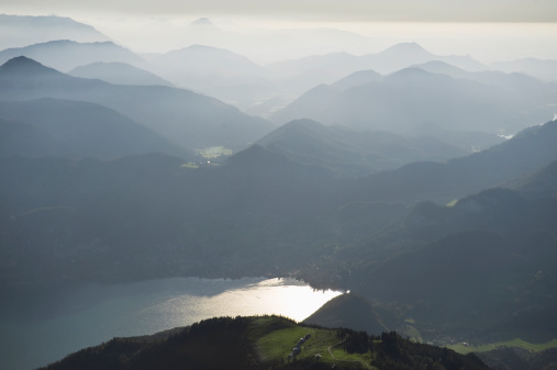 Salzkammergut「Lake in the Alps, Austria」:スマホ壁紙(2)