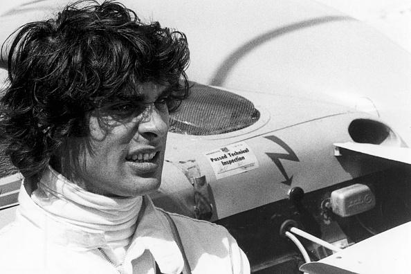 1人「Francois Cevert, 12 Hours of Sebring」:写真・画像(8)[壁紙.com]
