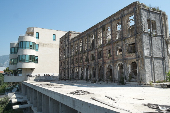 Abandoned「The City Of Mostar Twenty Years After The Siege That left It In Ruins」:写真・画像(13)[壁紙.com]