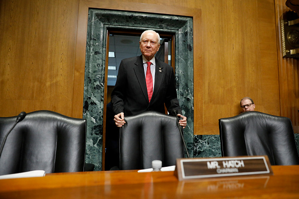 Aaron P「Senate Finance Committee Holds Hearing On Individual Tax Reform」:写真・画像(8)[壁紙.com]