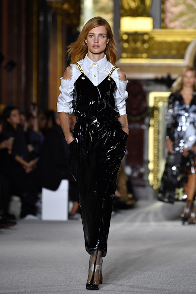 Balmain「Balmain : Runway - Paris  Fashion Week Womenswear Spring/Summer 2018」:写真・画像(16)[壁紙.com]