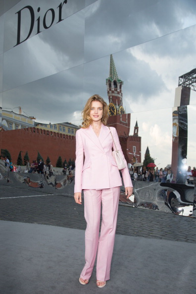 Focus On Foreground「Moscow Dior Show - Cocktail」:写真・画像(18)[壁紙.com]