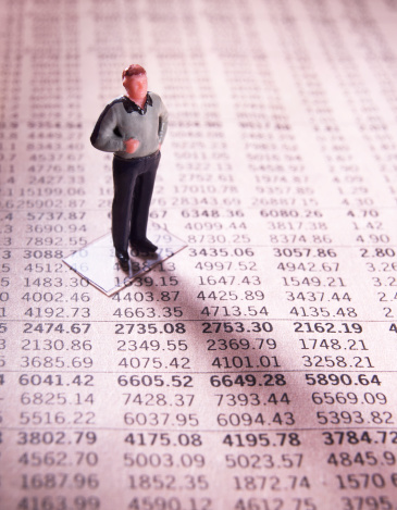 Figurine「Man on financial numbers」:スマホ壁紙(17)
