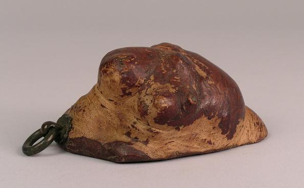 Human Role「Priest's begging bowl made from natural burlwood」:写真・画像(4)[壁紙.com]
