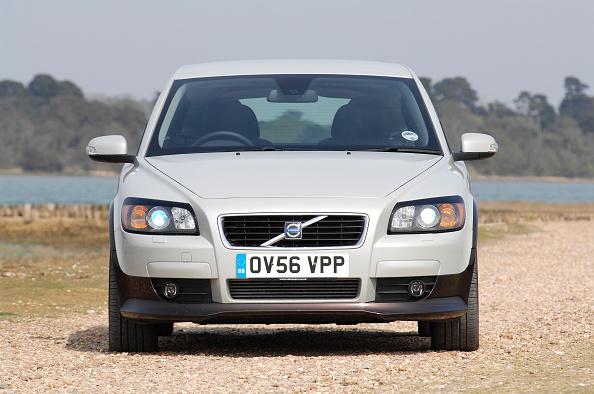 Hatchback「2006 Volvo C30 D5 SE」:写真・画像(17)[壁紙.com]