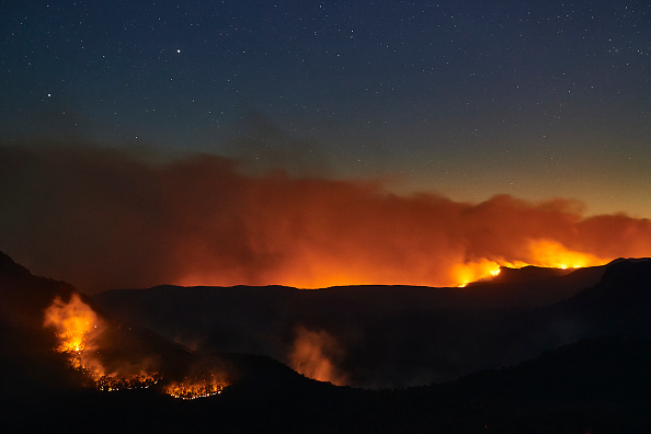 Flame「World Heritage Area Under Threat As Bushfires Burn Across Blue Mountains」:写真・画像(7)[壁紙.com]