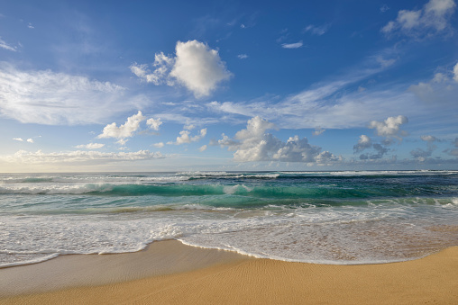 Water's Edge「Surf on sandy beach.」:スマホ壁紙(3)