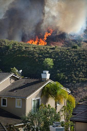 Inferno「Wildfire near Southern California Homes」:スマホ壁紙(15)