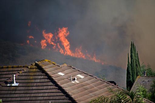 Inferno「Wildfire near Southern California Homes」:スマホ壁紙(14)