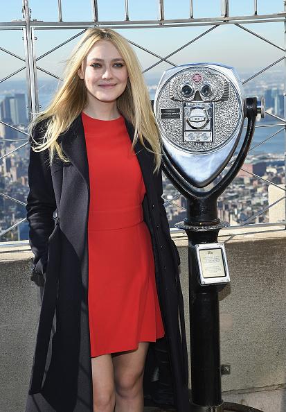 Empire State Building「Dakota Fanning Lights The Empire State Building In Honor Of International Day Of The Girl」:写真・画像(15)[壁紙.com]