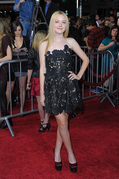 "Summit Entertainment「Premiere Of Summit Entertainment's ""The Twilight Saga: New Moon"" - Arrivals」:写真・画像(12)[壁紙.com]"
