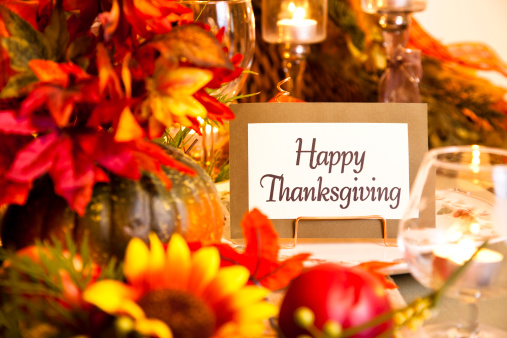 Gratitude「Happy Thanksgiving place setting. Autumn flower centerpiece. Table.」:スマホ壁紙(9)