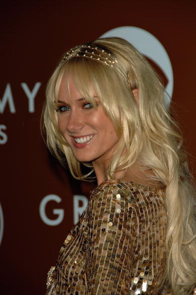 Kimberly Stewart「48th Annual Grammy Awards - Arrivals」:写真・画像(11)[壁紙.com]