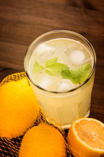 Brown「Lemonade」:スマホ壁紙(14)