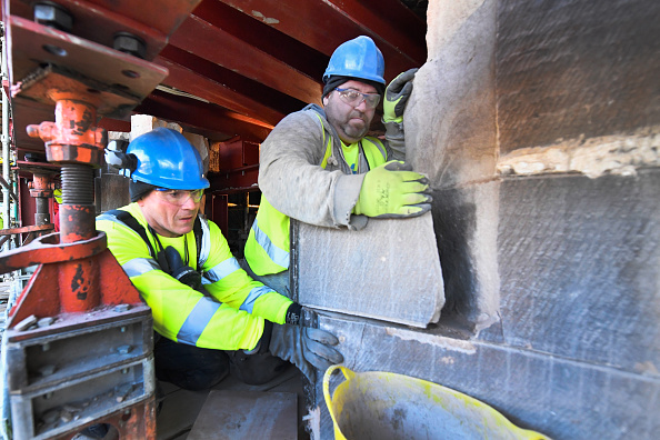 Expertise「Stonemasons Begin Restoration Work On The Mackintosh Library」:写真・画像(8)[壁紙.com]
