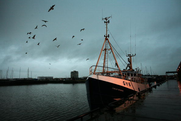Fishing Boat「Beleaguered Fishing Industry Survives Despite Pressures」:写真・画像(9)[壁紙.com]