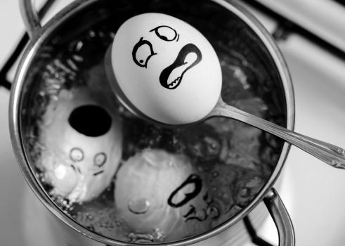 Caricature「terrified egg」:スマホ壁紙(13)
