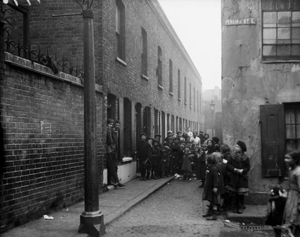 Slum「East End Crowd」:写真・画像(10)[壁紙.com]