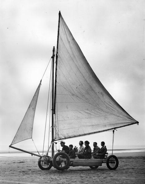 ヨットセーリング「Sand Yachting」:写真・画像(11)[壁紙.com]