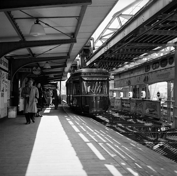 Misfortune「Wuppertal Streetcar」:写真・画像(2)[壁紙.com]