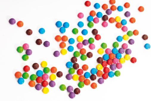 チョコレート「Colored chocolate candies」:スマホ壁紙(7)